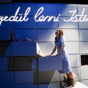 Anne Frank naplója és A képfaragó a Budapesti Operettszínházban!